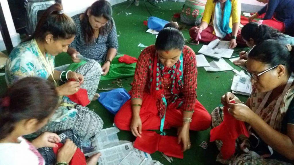 Berufliche Perspektiven schaffen: ein Nähprojekt für Frauen aus Suntakhan