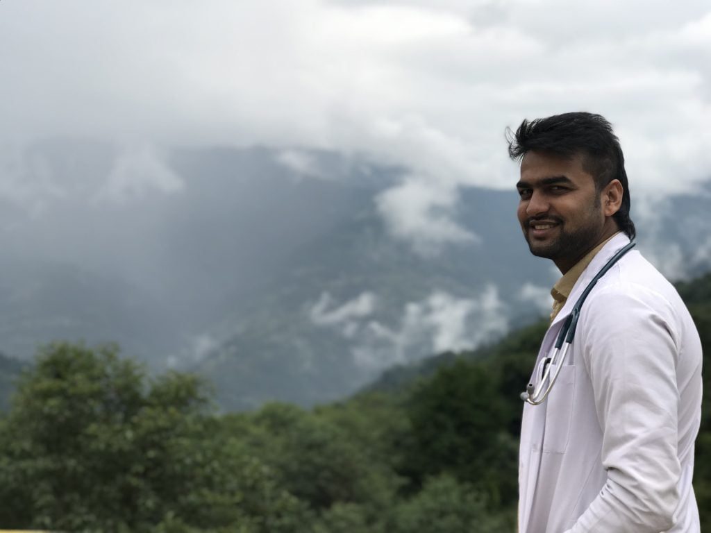 Interview mit Dr. Shakti Chaurasiya zu Schutzmaßnahmen für medizinisches Personal in Nepal