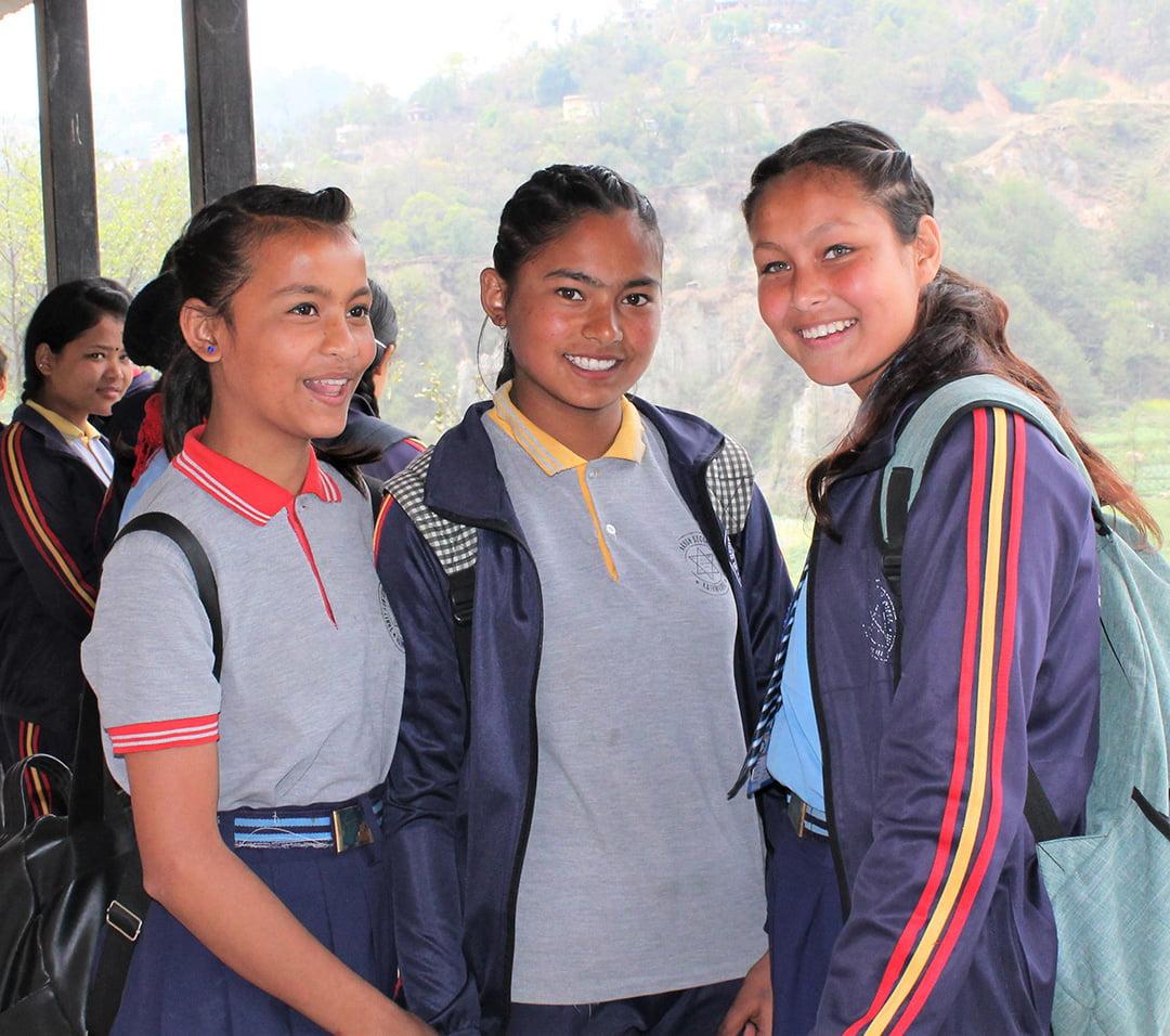 Regelmäßige Bildungsworkshops für Jugendliche in Suntakhan